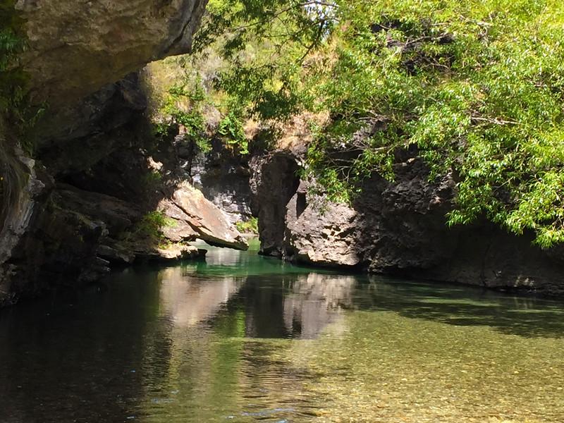 Motatapu Gorge.jpg