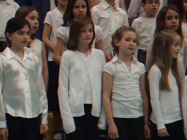 VIDEO. Then I saw her face.... by The Monkees, as sung by the Taylor Elementary School 4th Grade Chorus