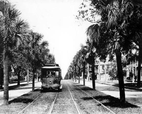 rc05288-Main Street 1910.jpg