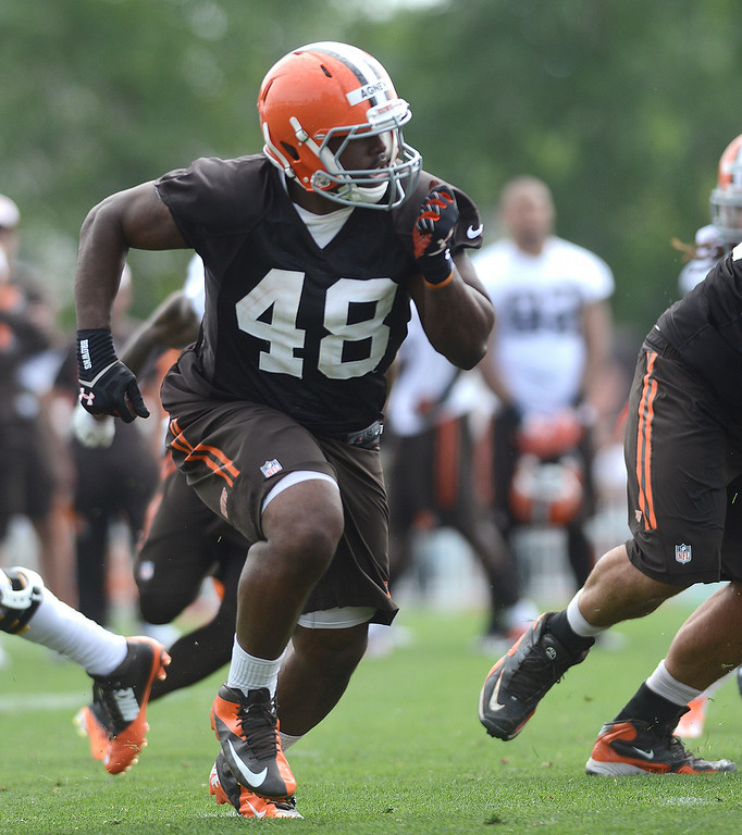 . Duncan Scott/DScott@News-Herald.com Ray Agnew pulls out to block as the Cleveland Browns opened training camp on July 26 with their first practice at their headquarters in Berea.
