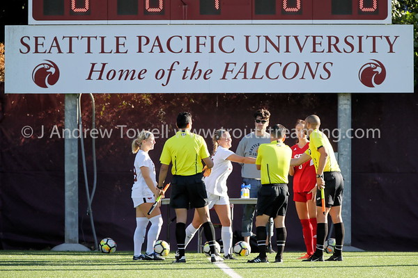 20180927 Womens Soccer Seattle Pacific University Falcons versus Simon Fraser University Clan Snapshots