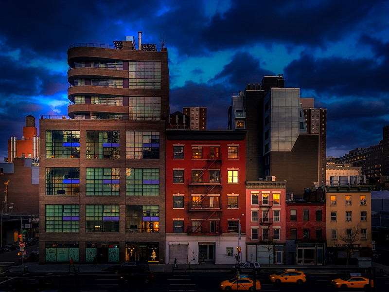 The blue hour just after sunset from an elevated platform on the highline in NYC.