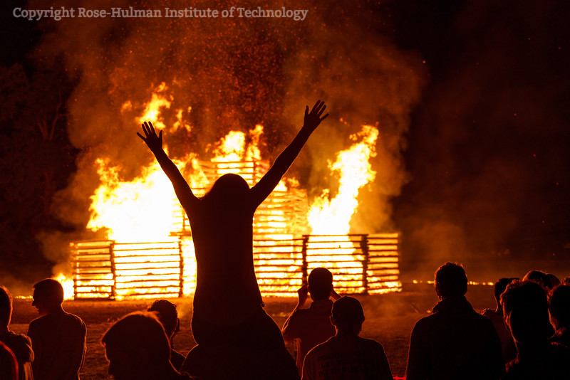 RHIT_Homecoming_2019_Bonfire-7693.jpg
