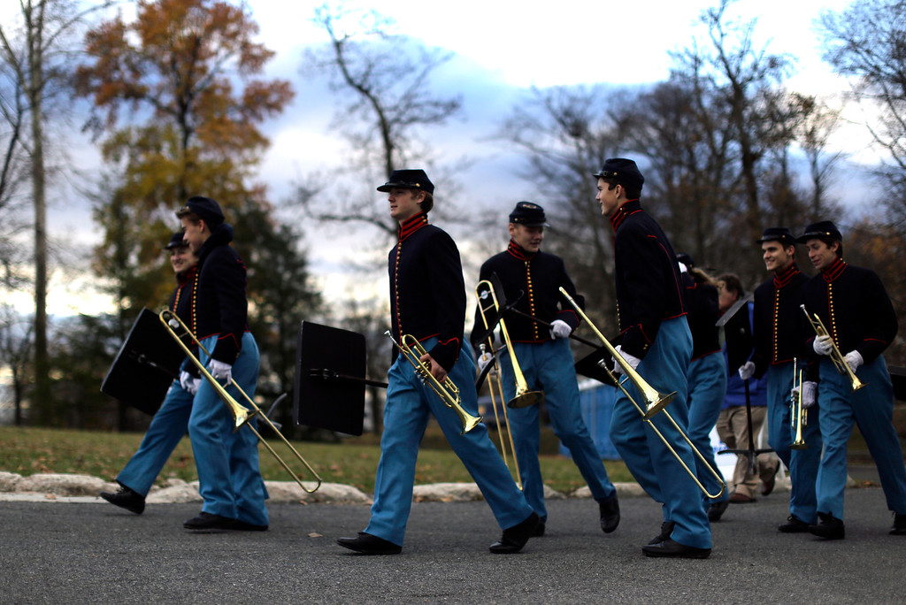 . Band members arrive before a ceremony commemorating the 150th anniversary of the dedication of Soldiers\' National Cemetery and President Abraham Lincoln\'s Gettysburg Address, Tuesday Nov. 19, 2013, in Gettysburg, Pa. Lincoln\'s speech was first delivered here nearly five months after the pivotal battle which was the Civil War\'s bloodiest conflict with more than 51,000 casualties. (AP Photo/Matt Rourke)