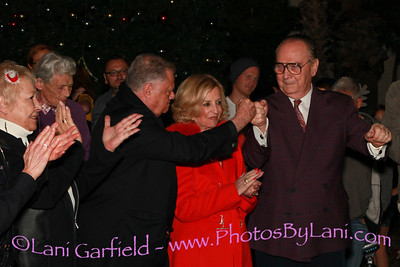 Palm Spring Tree Lighting and PS High School Arts Institute dinner at Wangs