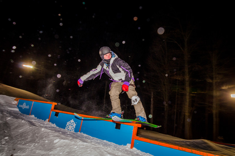 Nighttime-Rail-Jam_Snow-Trails-110.jpg