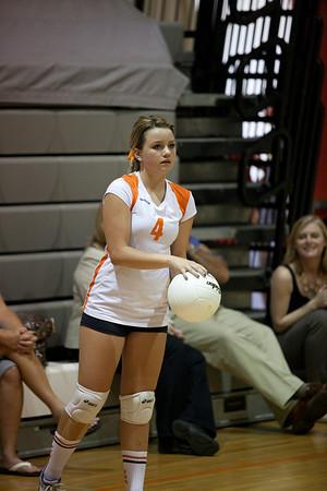 2011: Valhalla Ladies Volleyball vs Mt. Carmel