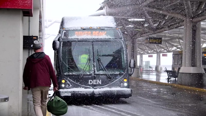 031920-DEN_winter_BUSES_slow_motion-103.mp4