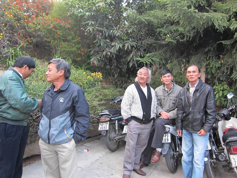 Nguyễn Văn Tâm, Trần Ngọc Tuấn, Nguyễn Văn Lang,Hồ Oanh