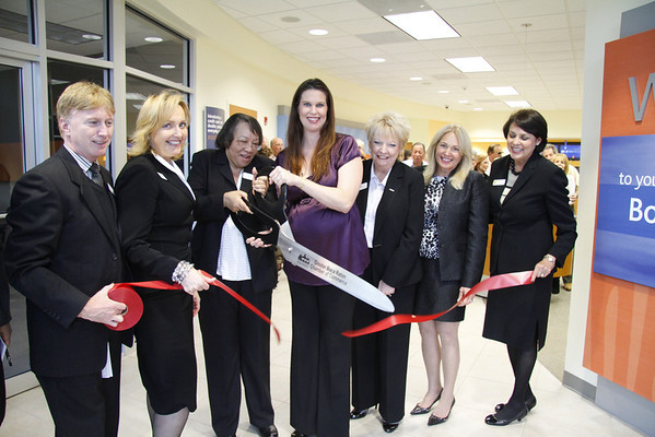 SunTrust Bank, Ribbon Cutting Ceremony, 5092 Champion Blvd, Boca Raton, FL, November 3rd, 2011, 6pm