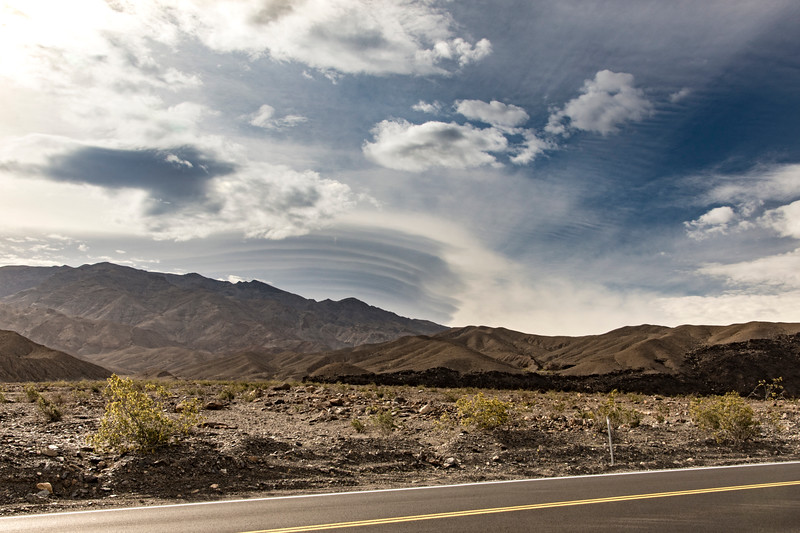 Death-Valley-April-lenticular-cloud-spring-2017flowersjpg.jpg