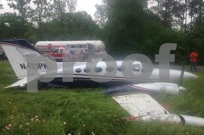 plane-makes-emergency-landing-on-etx-highway