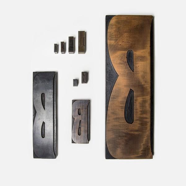 Monumental 100-cicero wood type