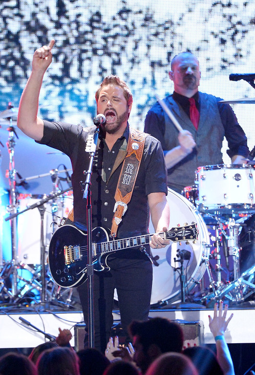 . Recording artist Randy Houser performs onstage during the 2013 American Country Awards at the Mandalay Bay Events Center on December 10, 2013 in Las Vegas, Nevada.  (Photo by Ethan Miller/Getty Images)