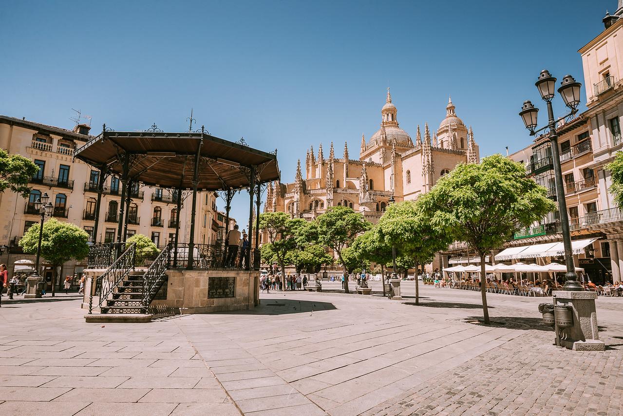 城堡 教堂 水道橋 西班牙塞哥維亞 by 旅行攝影師張威廉 Wilhelm Chang