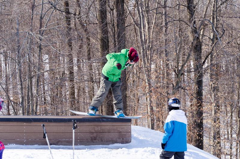 Snow-Trails-Rail-Jam-8099.jpg