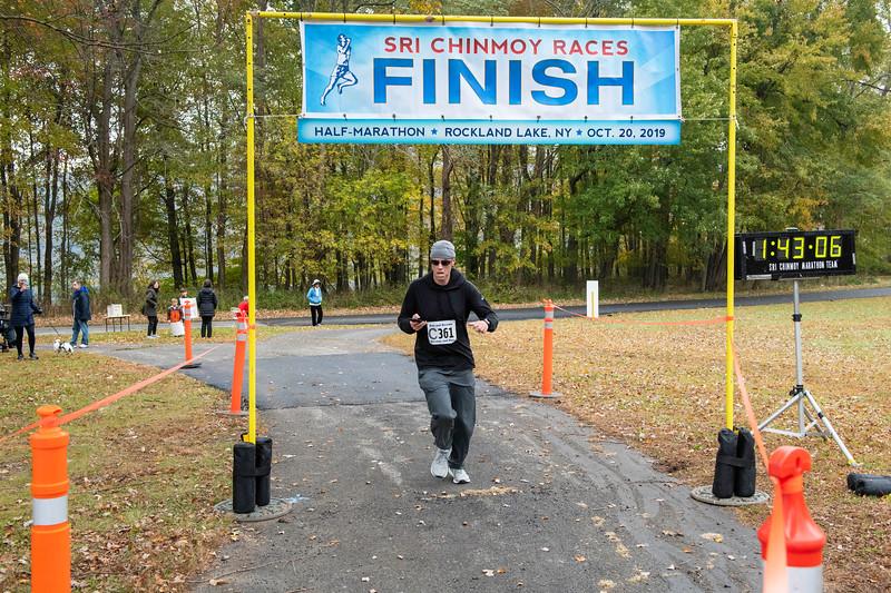 20191020_Half-Marathon Rockland Lake Park_240.jpg