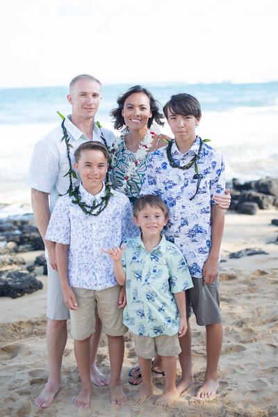 gillin beach kauai wedding-172.jpg