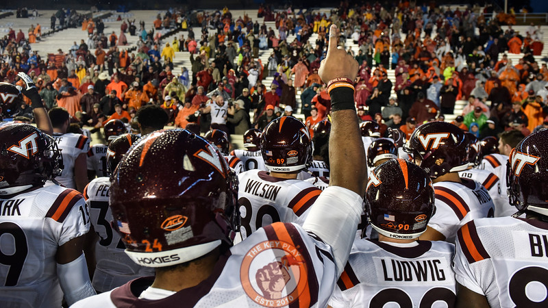 Members of the Virginia Tech Hokies thank their fans that made the trip to Chapel Hill despite Hurricane Matthew. (Michael Shroyer/ TheKeyPlay.com)