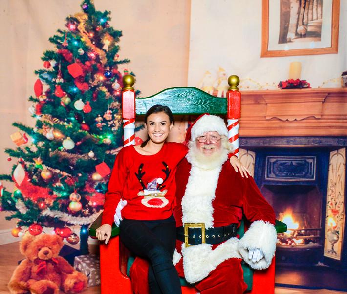 Santa Elmore 2016-12209.jpg