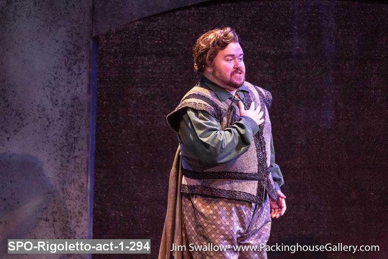 SPO-Rigoletto-act-1-294.jpg