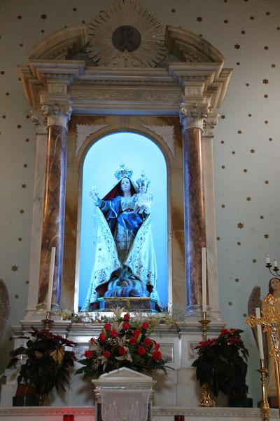 St Nicole65.jpg