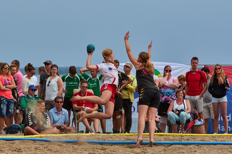Molecaten NK Beach Handball 2015 dag 2 img 701.jpg