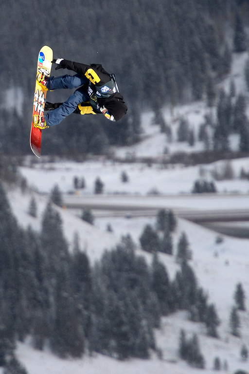 . Nuutti Niemelae rides during the slopestyle finals of the Copper Mountain Grand Prix. Riders competed in this stage of the FIS Snowboard World Cup 2014 on Sunday, December 22, 2013. (Photo by AAron Ontiveroz/The Denver Post)