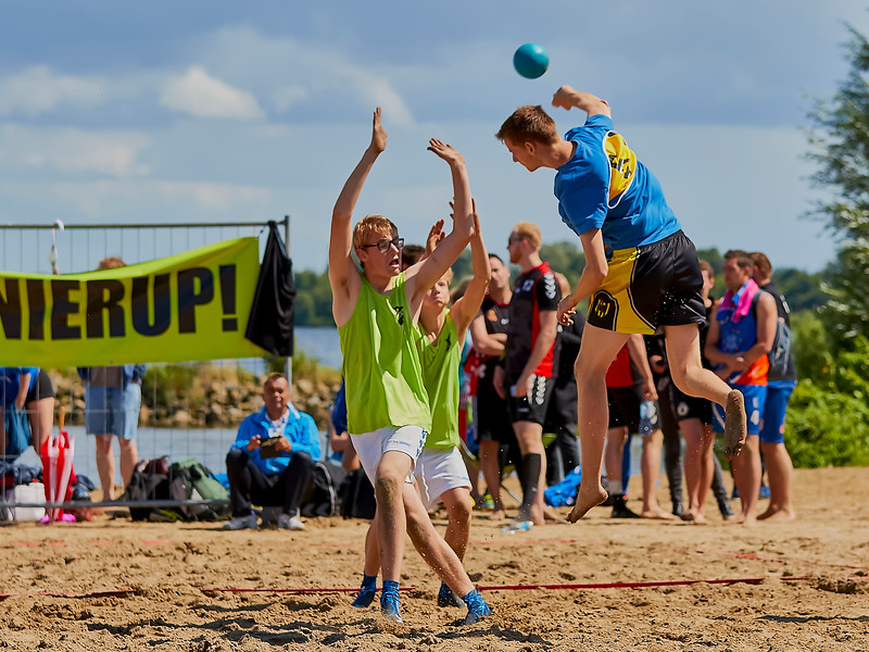 Molecaten NK Beach Handball 2016 dag 1 img 183.jpg