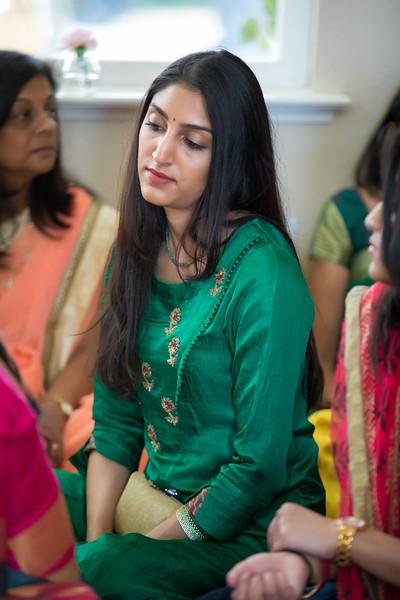 Hina_Pithi_Pooja-154.jpg