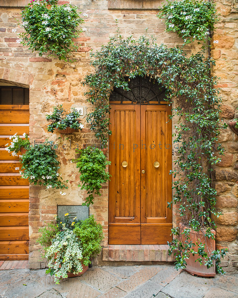 Door 26 , Pienza , Tuscany
