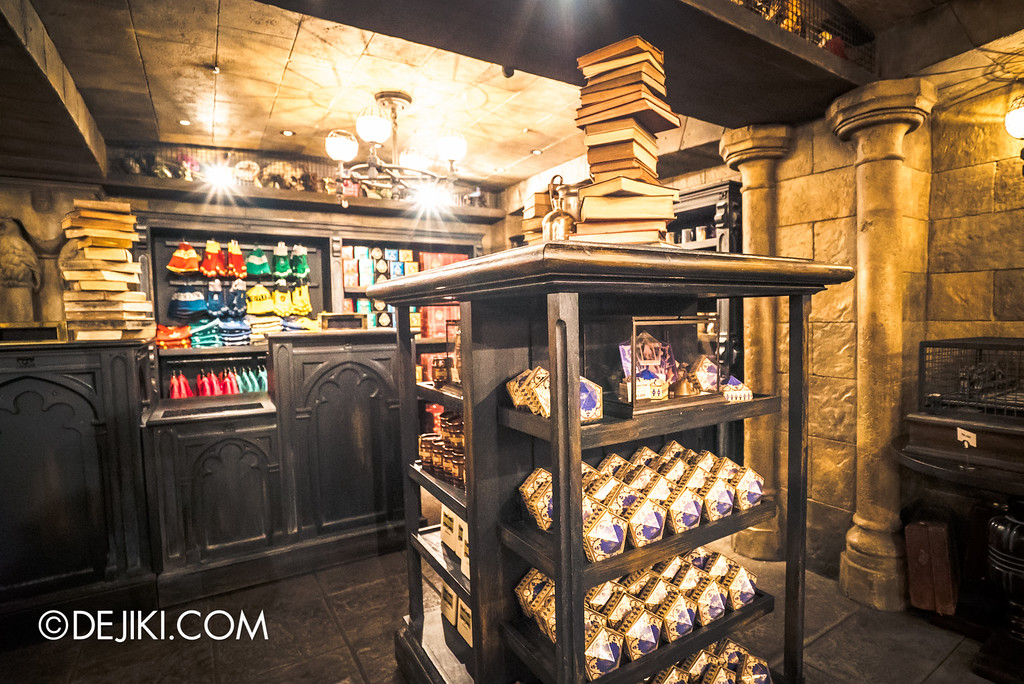 Universal Studios Japan - The Wizarding World of Harry Potter - Filch's Emporium 6