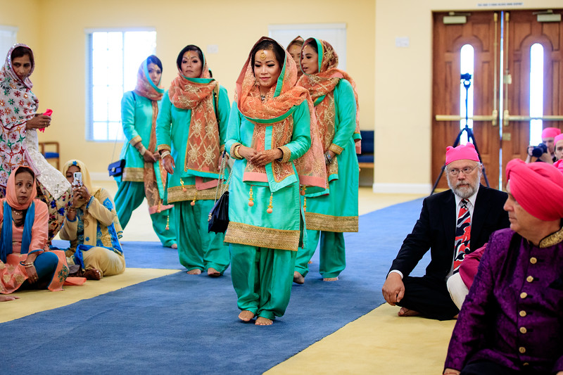 Neelam_and_Matt_Gurdwara_Wedding-1340.jpg