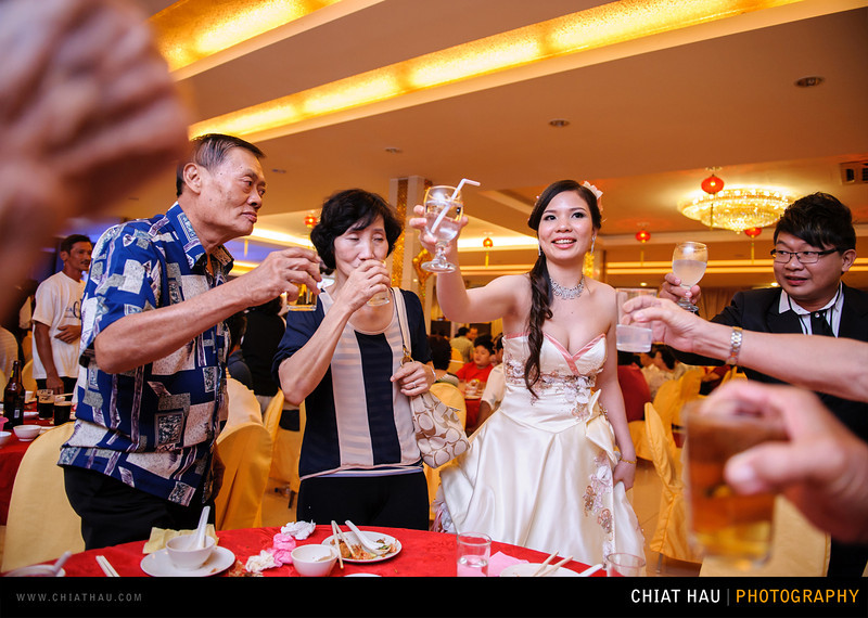 Chee Hou + Li Li - Actual Day Bride Dinner -_-130.jpg