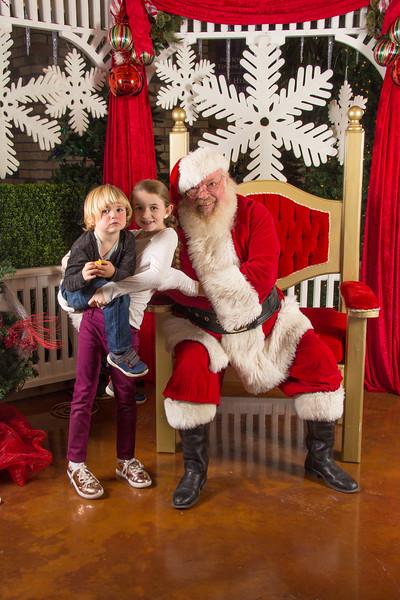 Santa 12-16-17-193.jpg