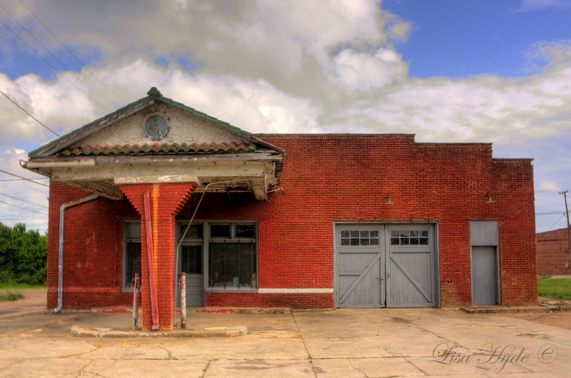 IMG_4863_1_2 HDR GAS STATION signed.jpg