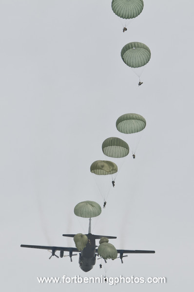 26 APR 2011  (FORT BENNING, GA) Soldiers in A Co 1/507th close to getting their wings during Jump Week in Airborne School. Fryar Drop Zone. Photo by Susanna Avery-Lynch - susanna.lynch@us.army.mi