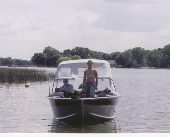 Chuck_Andi_on_their_new_boat_Summer_04.jpg