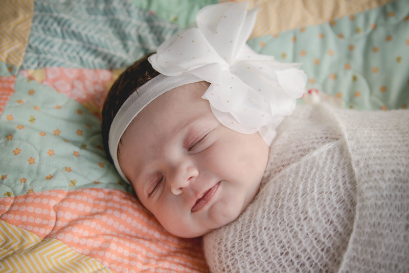 Haylee newborn session-1.jpg