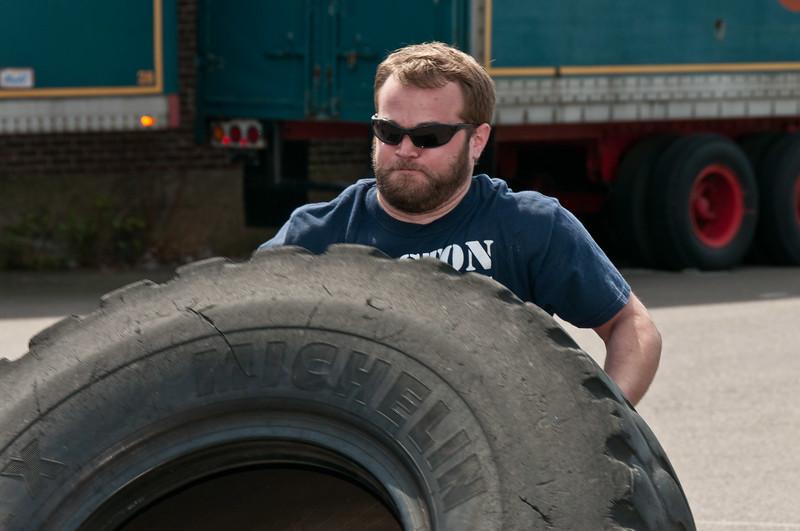 Strongman Saturday 4-14-2012_ERF4215.jpg