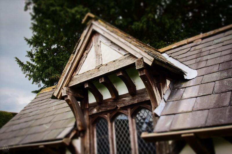 Sticky-Outy Roof