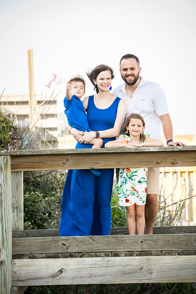 Topsail Island Family Photos-89.jpg