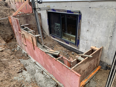 2018.11.30 Concrete retaining wall
