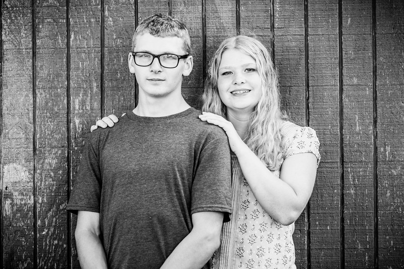 Madison and Dylans Senior  Pictures 2018-91.jpg