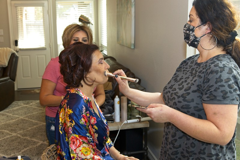112020_Wedding-172343-GettingReady-0030.jpg