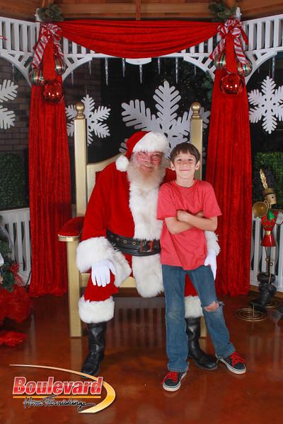 Santa 12-10-16-43.jpg