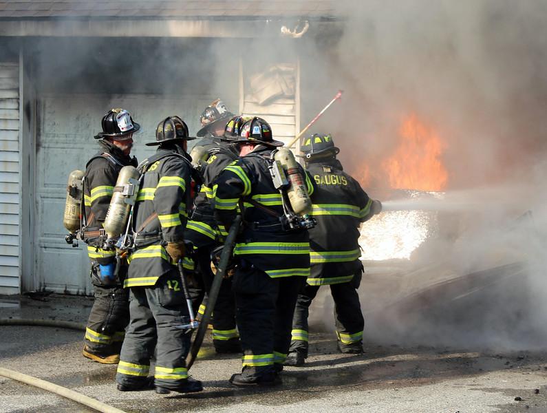 saugus fire 12.jpg