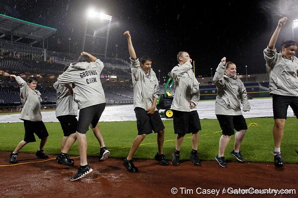 Photo Gallery: UF baseball vs. Vanderbilt, College World Series, 6/20/11