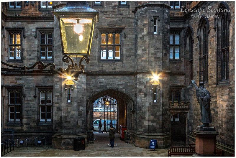 New College quadrangle lamp 1