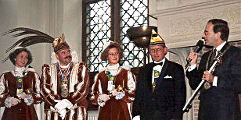 Sleuteloverdracht Stadhuis met Burgemeester Ed 'dHondt